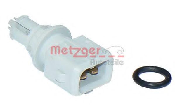 Датчик температуры впускаемого воздуха METZGER 0905093